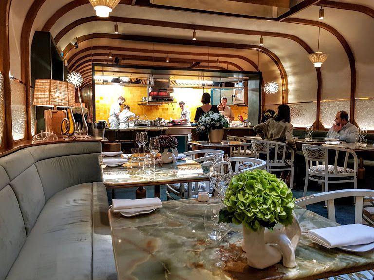 Restaurant La Scène – Stéphanie Le Quellec