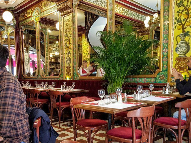Le Petit Bouillon Pharamond